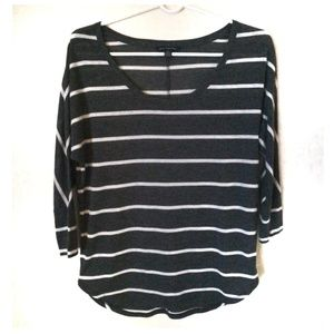 American eagle outfitters 3/4 sleeve stripe top